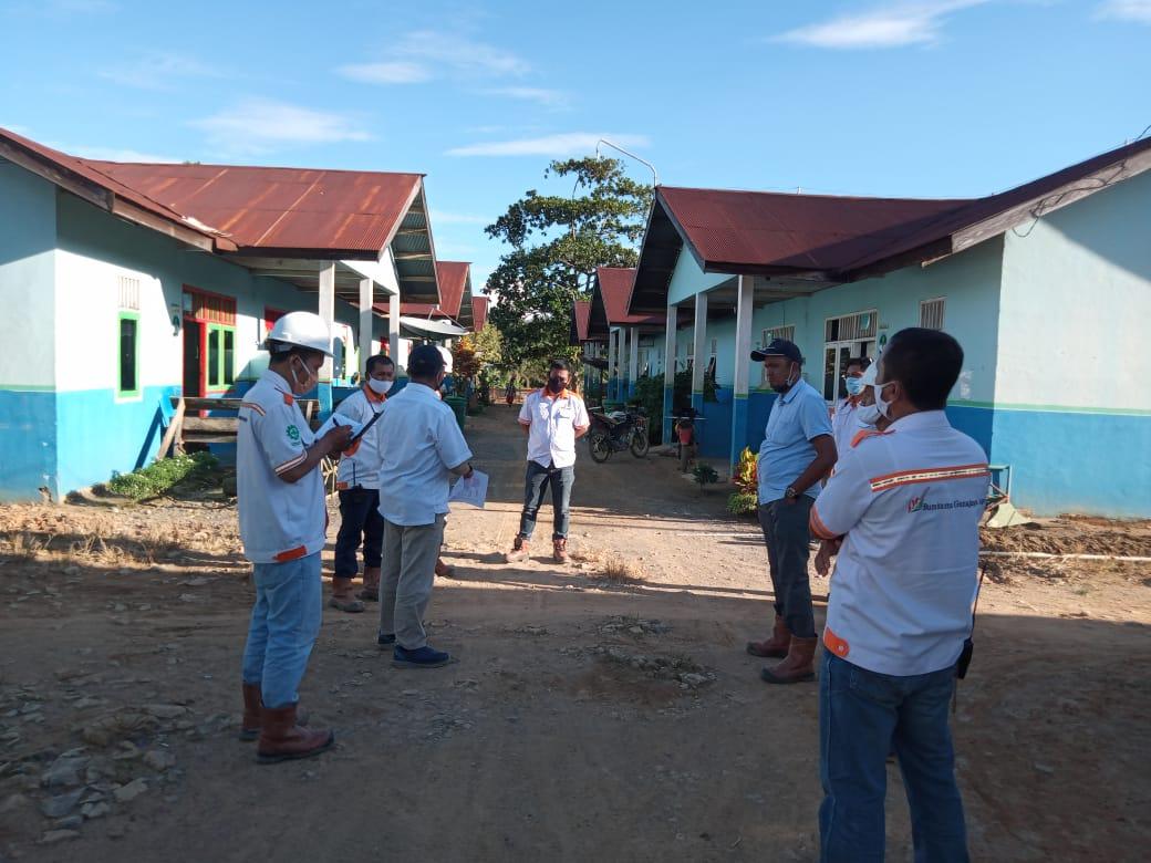 Foto Pengecekan Perumahan Karyawan Divisi 1 & 2 Oleh Tim S2H HO serta Bpk. RH Mentaya dan Tim