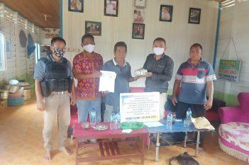 Penyerahan Bantuan Dana Ke Desa T. Boloi