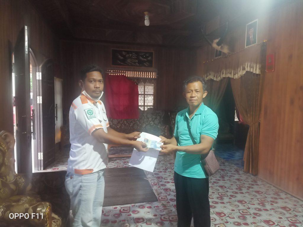 Penyerahan Dana Kegiatan Natal GPdi Eklesia Tumbang Sangai