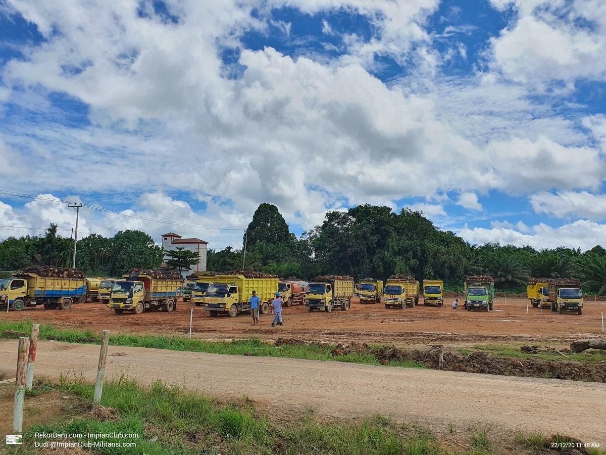 View Area Parkir Mill GMKM, Foto 22.12.2020 - Diambil dari Samping Pos Security